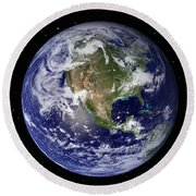 Full Earth Showing North America Round Beach Towel