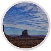 Morning Clouds Over Monument Valley Round Beach Towel