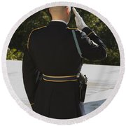 Honor Guard At The Tomb Round Beach Towel