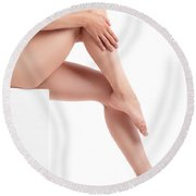 Bare Woman Legs Round Beach Towel