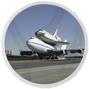 Space Shuttle Endeavour Mounted Round Beach Towel