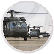 Uh-60 Black Hawks Taxis Round Beach Towel