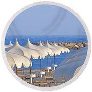 Umbrellas In The Sun Round Beach Towel