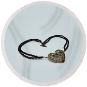 3597 Vintage Heart Brooch Pendant Necklace Round Beach Towel