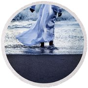 Girl At The Sea Round Beach Towel