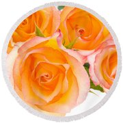 4 Roses Over White Round Beach Towel