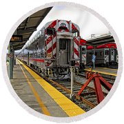 4th And King St. Caltrains Station - San Francisco Round Beach Towel
