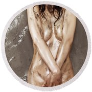 Beautiful Soiled Naked Woman's Body Round Beach Towel