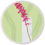 Red Orchid Bunch Round Beach Towel