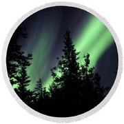 Aurora Borealis Above The Trees Round Beach Towel