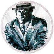 A Dapper Brit-portrait Of Ron Moody Round Beach Towel