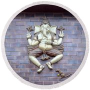 A Sculpture Of The Hindu God Ganesha Round Beach Towel