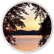 A Soothing Sunset Round Beach Towel
