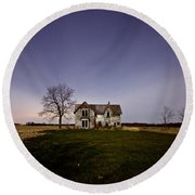 Abandoned Farmhouse At Night Round Beach Towel