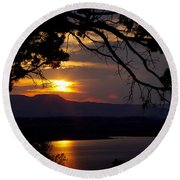 Abiquiu Sunset Round Beach Towel