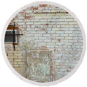 Aged Brick Wall With Character Round Beach Towel