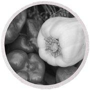 Albino Bullnose Pepper Bw Round Beach Towel