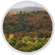 Algonquin In Autumn Round Beach Towel
