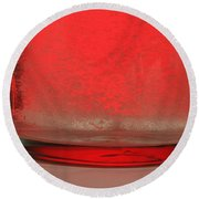 Alka-seltzer Dissolving In Water Round Beach Towel by Photo Researchers, Inc.