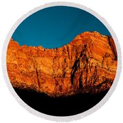 Alpenglow In Zion Canyon Round Beach Towel
