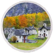Alpine Village In Autumn Round Beach Towel