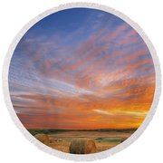 Amazing Sunset Over Pasture Round Beach Towel