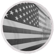 American Flag At Nathan's In Black And White Round Beach Towel