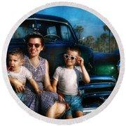 Americana - Car - The Classic American Vacation Round Beach Towel