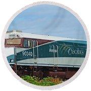 Amtraks Cascade Engine Round Beach Towel