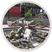 Andrea's Fountain At Ghirardelli Square Round Beach Towel