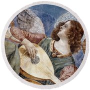 Angel With A Lute Round Beach Towel