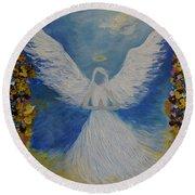 Angels Prayer Round Beach Towel