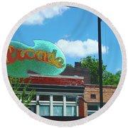 Arcade Restaurant Memphis Round Beach Towel