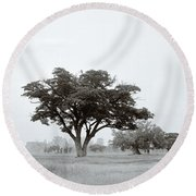Garden Of Eden Round Beach Towel