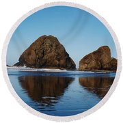 Awww Reflections How I Love Them So Round Beach Towel