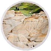 Badlands In Alberta Round Beach Towel