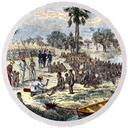 Baker Liberating Slaves In Africa, 1869 Round Beach Towel by Photo Researchers