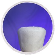 Baking Soda Reacting With Vinegar Round Beach Towel by Photo Researchers, Inc.