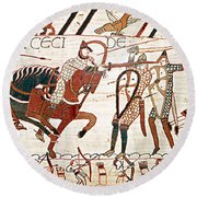 Battle Of Hastings Bayeux Tapestry Round Beach Towel
