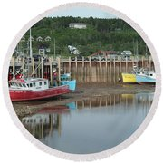 Bay Of Fundy - Low Tide Round Beach Towel