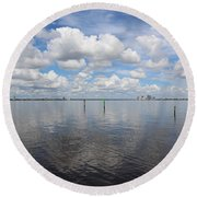 Beautiful Day In Tampa Round Beach Towel