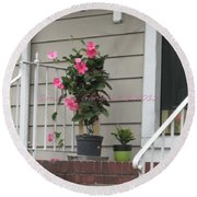 Beautiful Floral Entrance Round Beach Towel