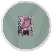 beautiful Iris Round Beach Towel