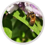 Bee At Work Round Beach Towel