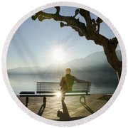 Bench And Sunset Round Beach Towel