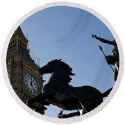 Big Ben And Boadicea Statue  Round Beach Towel