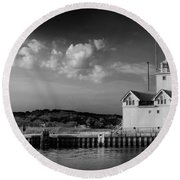 Big Red Lighthouse In Holland Michigan Round Beach Towel