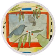 Birds And Berries Round Beach Towel