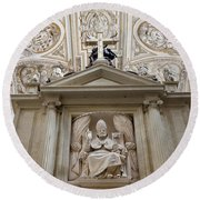 Bishop Sculpture In Cordoba Cathedral Round Beach Towel