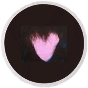 bLAck heART Round Beach Towel